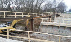 Zdemontowali stare konstrukcje mostu przy Leszczyńskiej
